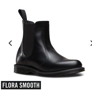 NWOB Dr. Martens Flora Smooth Chelsea Boot